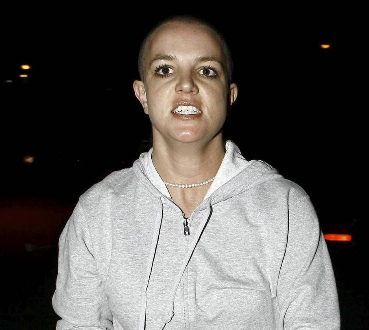 bald britney spears